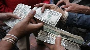 A S/. 3.10 llega el dólar en el mercado cambiario peruano