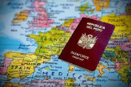 Según CCL, eliminación de Visa Schengen aumentará viajes de peruanos a Europa en 50%