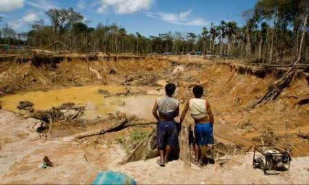 Minería Informal: Propuestas de Fuerza Popular y Peruanos Por el Kambio
