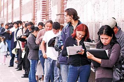 ¿Cuál es la situación del mercado laboral para jóvenes de 18 a 24 años?