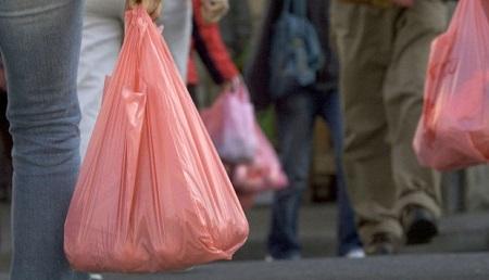Cambio climático: En el Perú, los supermercados distribuyen anualmente 200 millones de bolsas plásticas