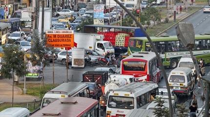 La congestión vehicular de Lima: Cuando y donde menos lo esperas