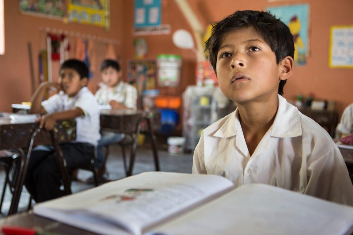 ¿Por qué invertir en calidad educativa?