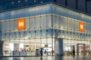 Xiaomi es incluida a la lista negra de los inversionistas por Estados Unidos y sus acciones caen