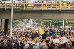 Crisis en Colombia: Más allá de la reforma tributaria