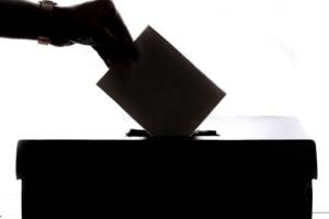 ELECCIONES 2021: CUANDO LA CONCENTRACIÓN DE PODER DEL MERCADO DE LOS MEDIOS DE COMUNICACIÓN AMENAZA LA DEMOCRACIA