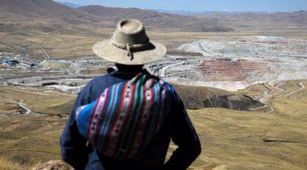 EL DILEMA DE DESARROLLO DE LAS REGIONES MINERAS EN EL PERÚ